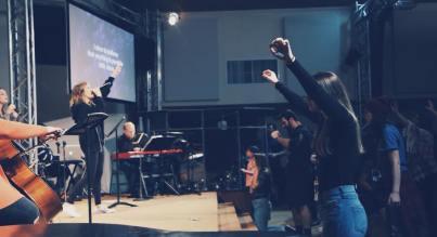 rev worship again